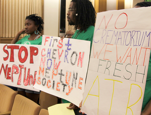 East Oakland residents against crematorium