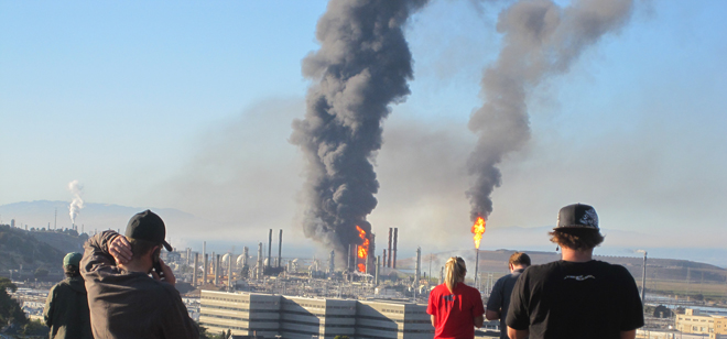 Chevron Refinery fire 8-6-12 CBE [homepage]